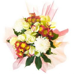 «Само совершенство» Букет из орхидеи несёт в себе всю теплоту, нежность и искренность Ваших чувств и намерений. Прекрасный букет из орхидей, роз и хризантем,...