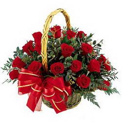 «Кармэн» Роскошные цветы, собранные в плетеной корзине  передадут даже на расстоянии  Ваши искренние чувства.