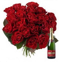 «Эль Торро» Подарочный букет по любому случаю. К цветам прилагается безалкогольное шампанское или другое любое вино на ваш выбор.