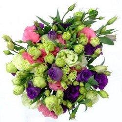 «Пылинки звезд» Букет из цветов одного вида, но разной окраски обладает особой выразительностью. В состав этого букета входит цветок эустома(лизиантус). Эустома... Доставка в Ретинское (г.Полярный).