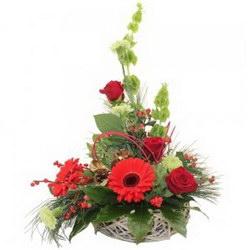 «Праздник к нам приходит» Сочетание красного и зеленого очаровательное дополнение к подарку для близких и любимых.