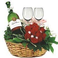 Корзина «Вино и Розы»