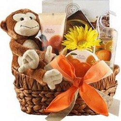 «Наслаждение» Спа-коллекция в корзинке с игрушкой на любой вкус.В данном случае представлена обезьянка.Но по вашему желанию или по наличию игрушка может быть...