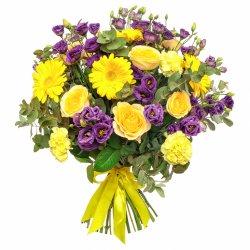 «Над облаками»  Классический желтый цвет относится к теплым тонам. ... вкрапление в букет других оттенков, а именно фиолетовых, синих, индиго создает яркий...